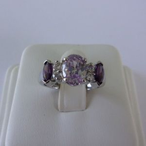 Lavender Purple Silver Fashion Ring Size 6